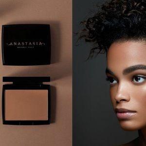 2/$30 Anastasia Beverly Hills Bronzer 🖤Cappuccino